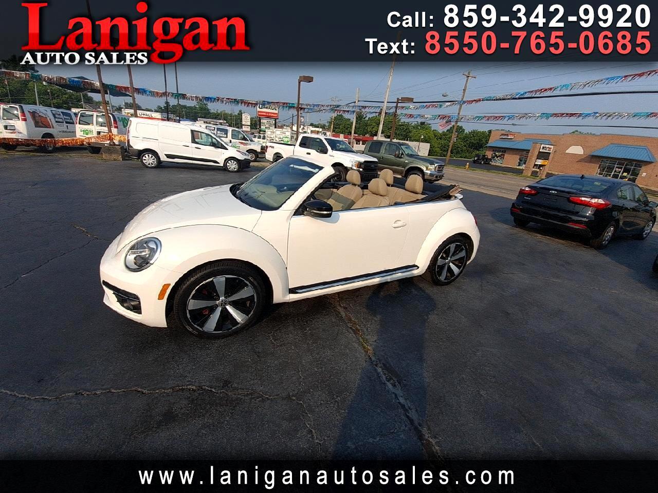 Volkswagen Beetle Convertible 2dr DSG 2.0T w/Sound 2013