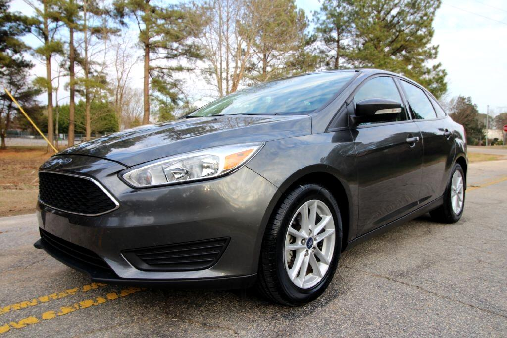 Ford Focus SE Sedan 2017