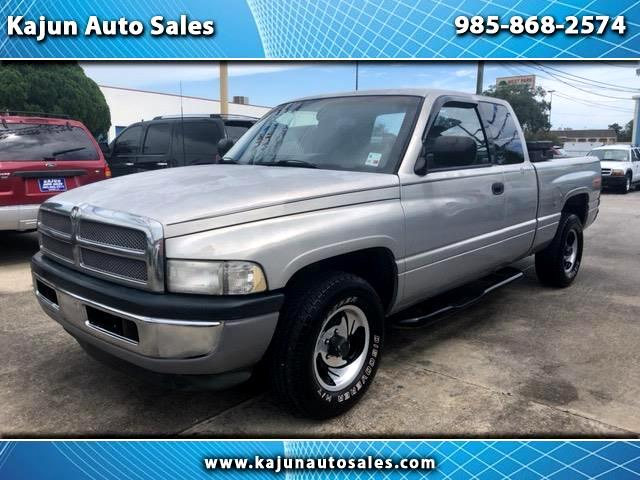 1997 Dodge Ram 1500 ST Club Cab 6.5-ft. Bed 2WD