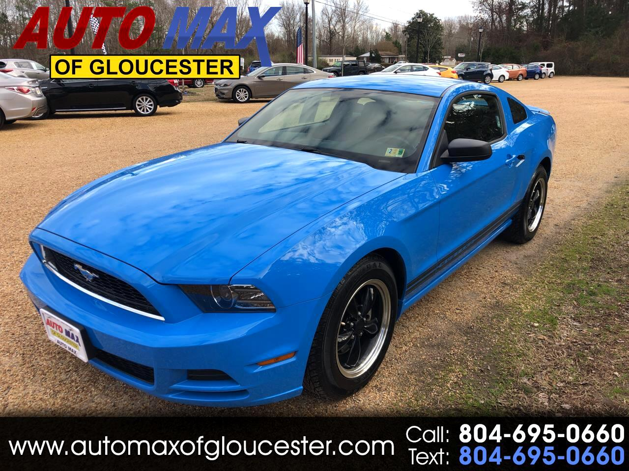 2013 Ford Mustang 2dr Cpe V6