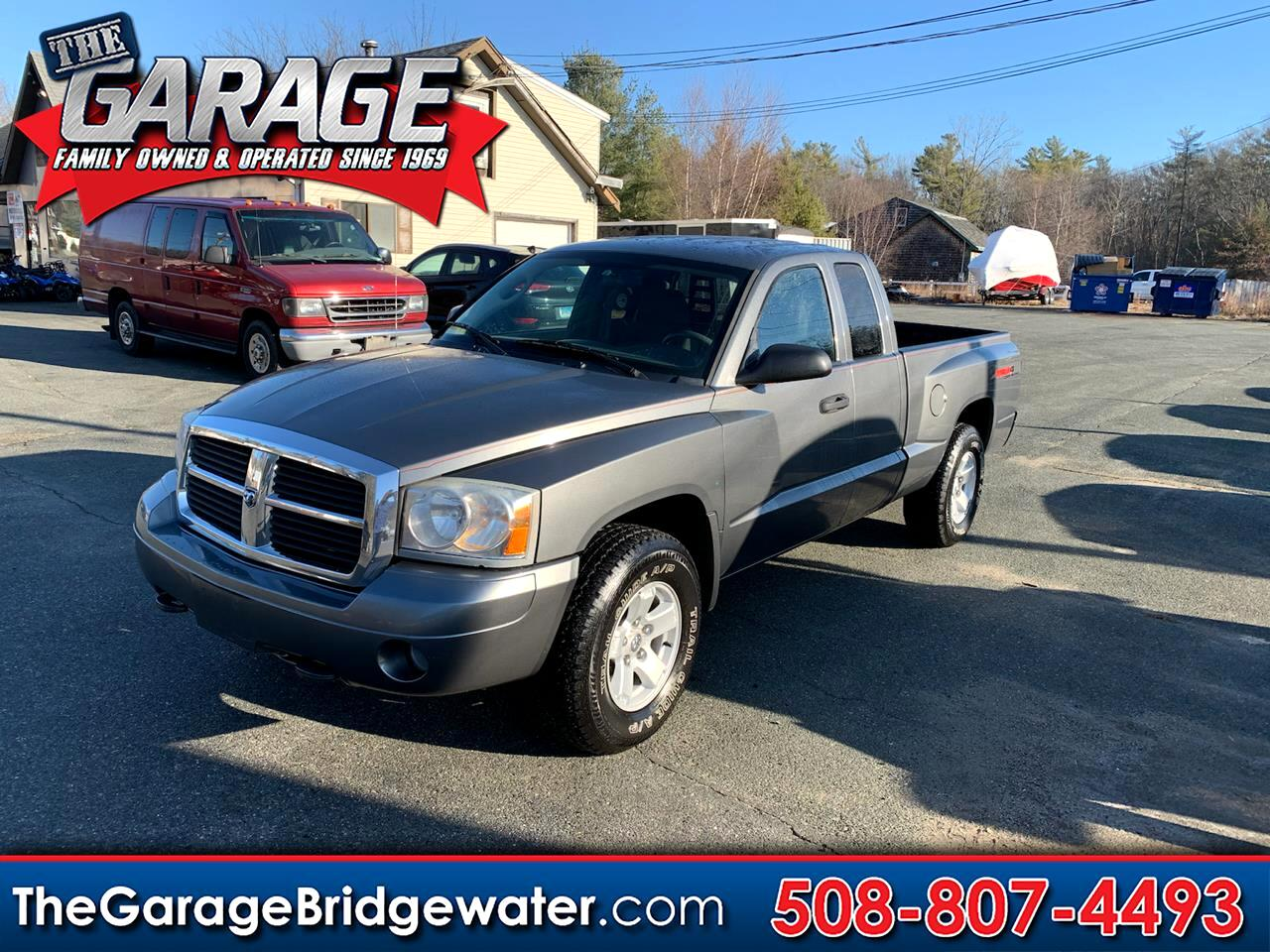 Dodge Dakota SLT Club Cab 4WD 2006