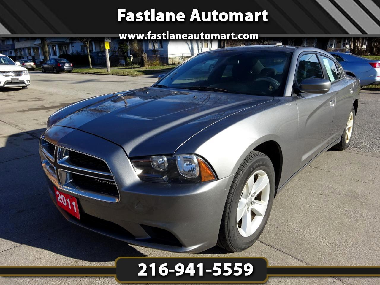 Dodge Charger 4dr Sdn SE RWD 2011