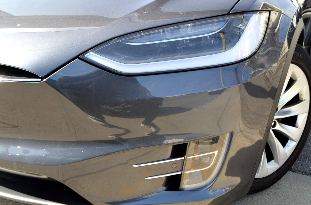 used 2017 tesla model x 90d for sale in richmond hill ny. Black Bedroom Furniture Sets. Home Design Ideas
