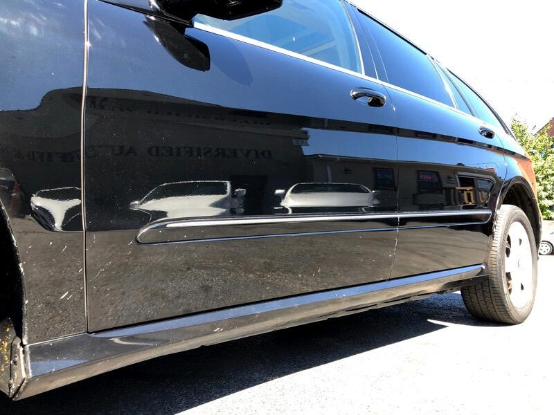 2011 Mercedes-Benz R-Class R350 4MATIC w/ 3rd Row