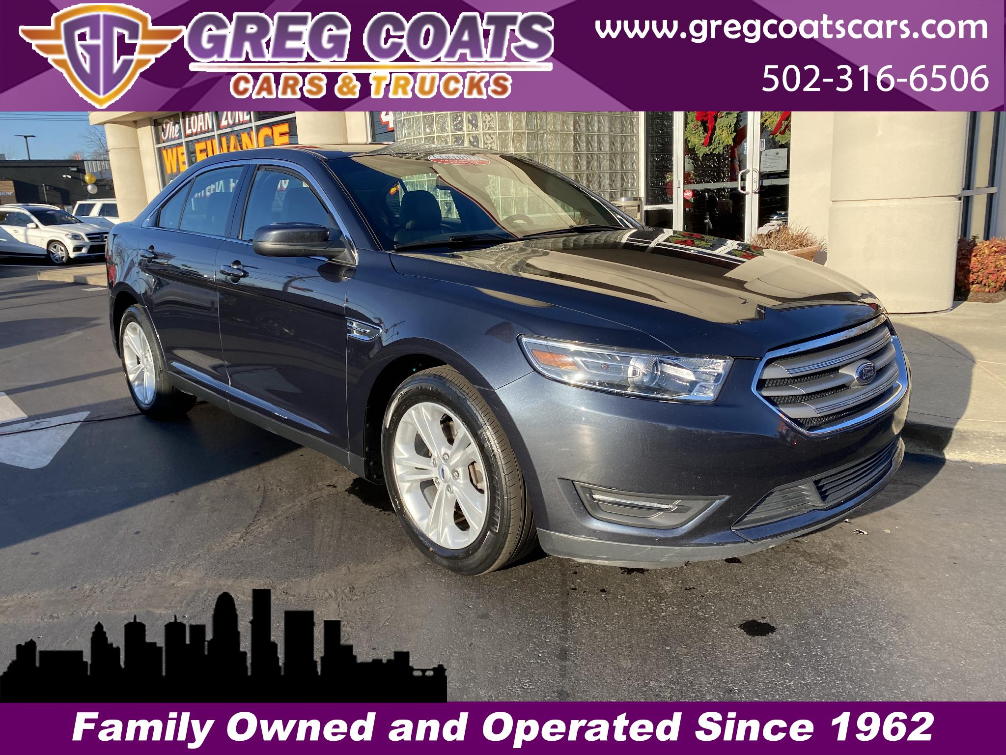 Ford Taurus 4dr Sdn SEL 2017