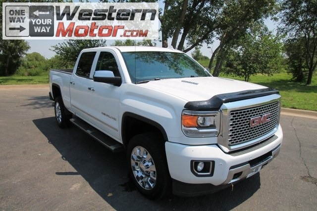 2015 GMC Sierra 2500HD available WiFi 4WD Crew Cab 153.7