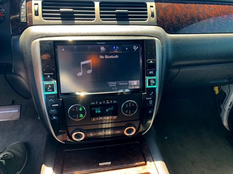 GMC Sierra 2500HD Denali Crew Cab 4WD 2011