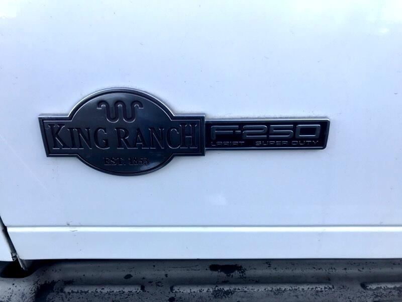 """Ford Super Duty F-250 SRW 4WD Crew Cab 172"""" King Ranch 2006"""