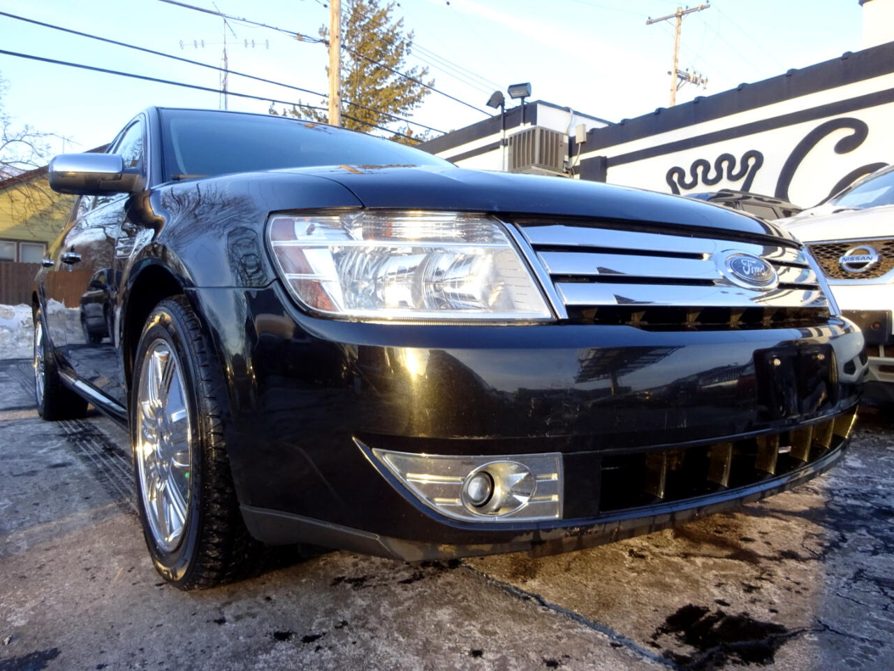 Ford Taurus 4dr Sdn Limited AWD 2009