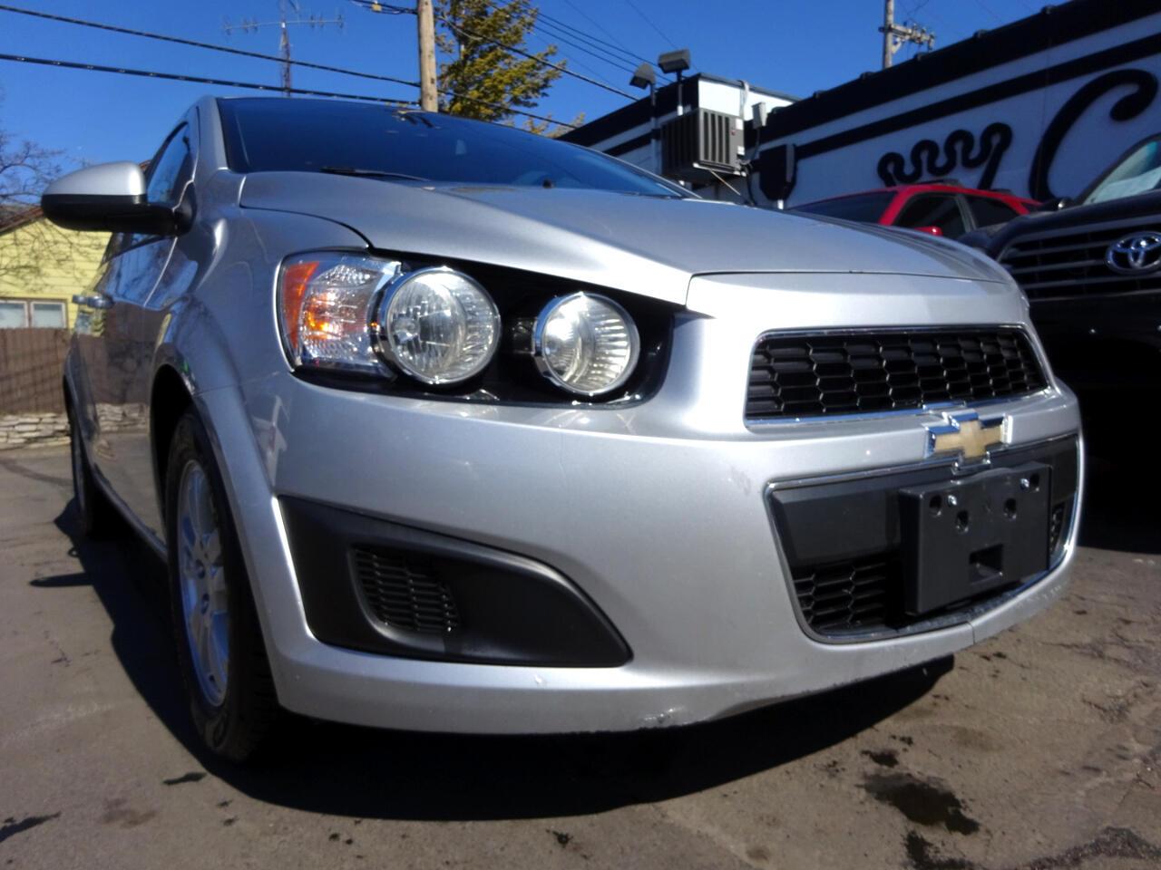 Chevrolet Sonic 4dr Sdn LS 2LS 2012