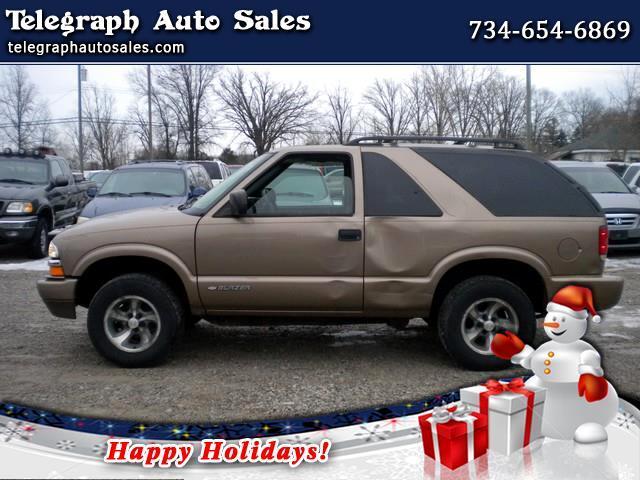 Chevrolet Blazer 2-Door 2WD LS 2004