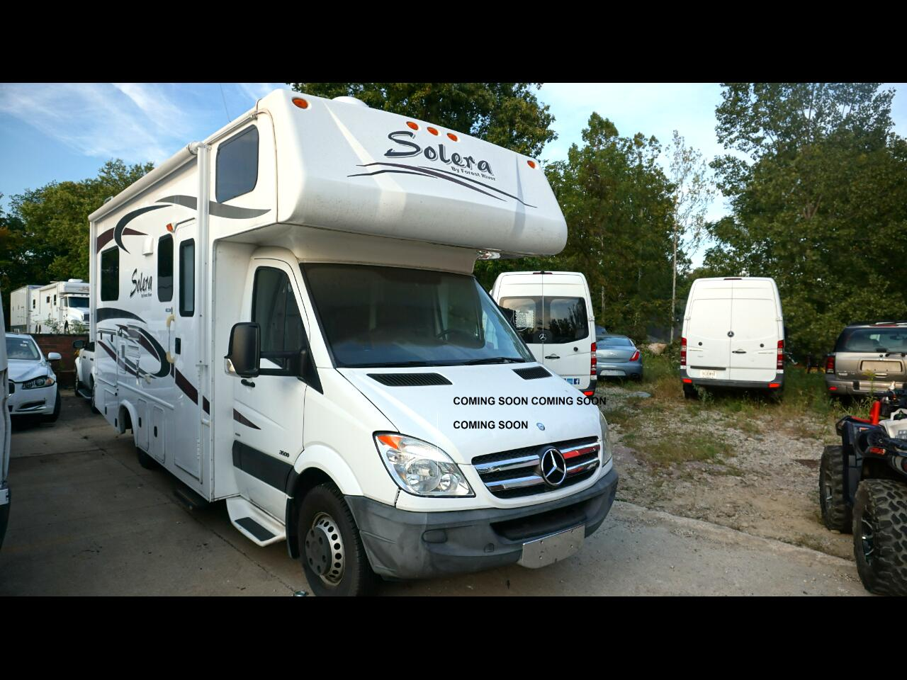 """Mercedes-Benz Sprinter Chassis-Cabs 2WD Reg Cab 144"""" WB 2012"""