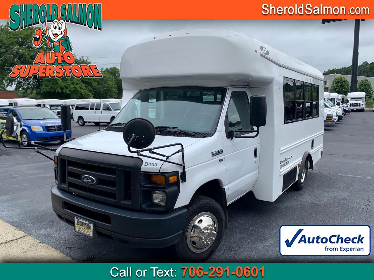 "Ford Econoline Commercial Cutaway E-350 Super Duty 138"" DRW 2016"
