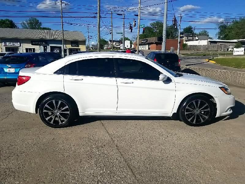 Chrysler 200 200S FWD 2014