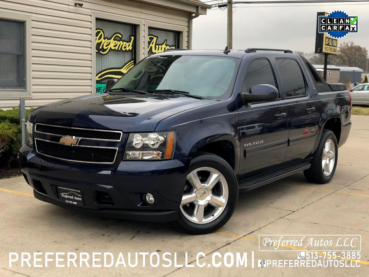 Chevrolet Avalanche 4WD Crew Cab LT 2010