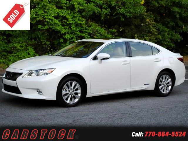 2014 Lexus ES 300h Luxury Package w Navigation