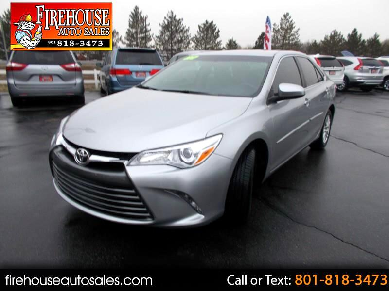 2017 Toyota Camry 4dr Sdn I4 Auto LE (Natl)