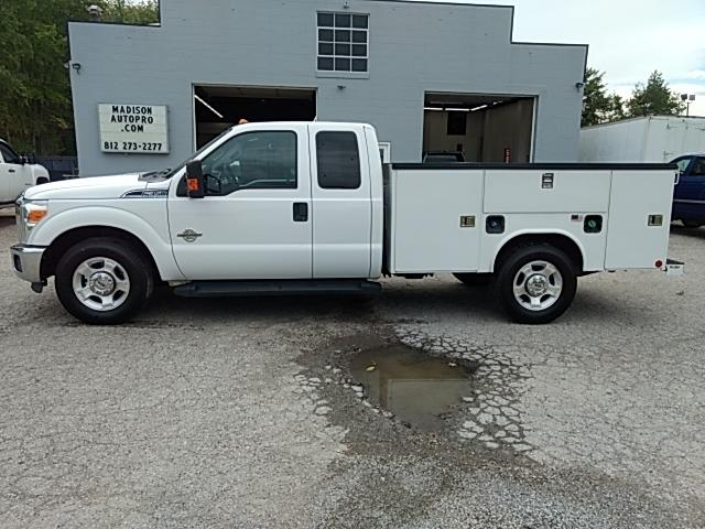 2012 Ford F-350 SD XL SuperCab 2WD