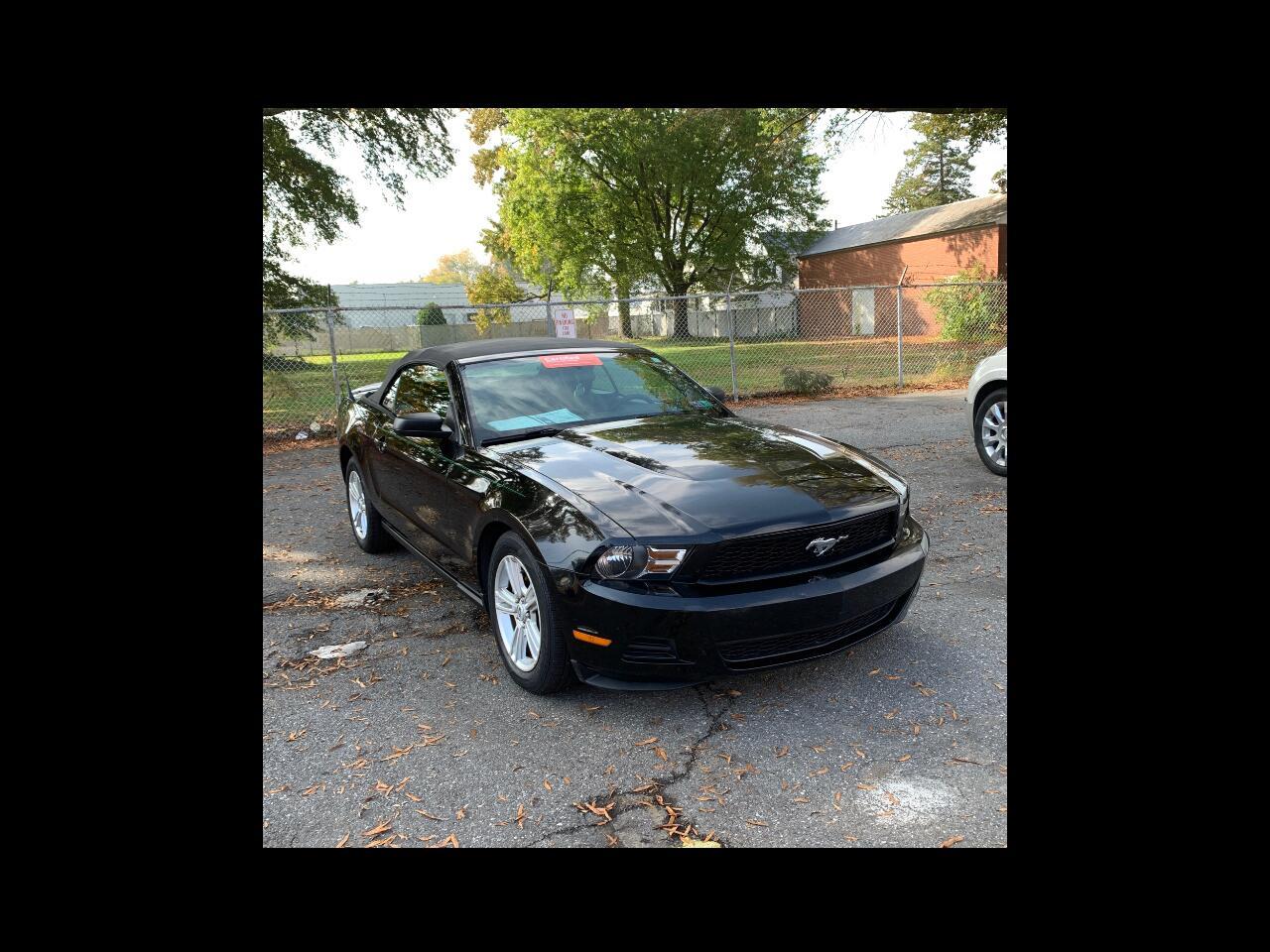 Ford Mustang V6 Convertible 2010