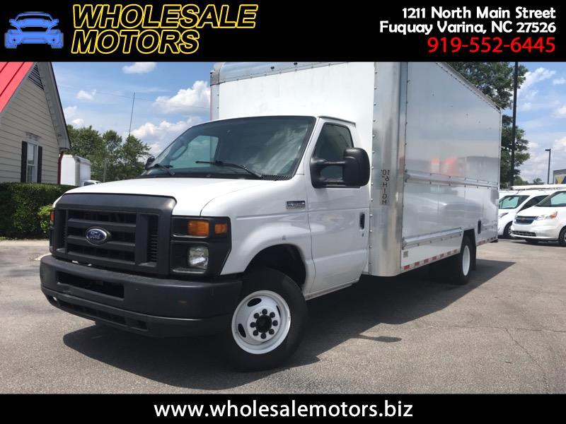 Ford Econoline E-350 Super Duty 2015