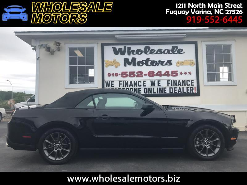 Ford Mustang V6 Convertible 2011