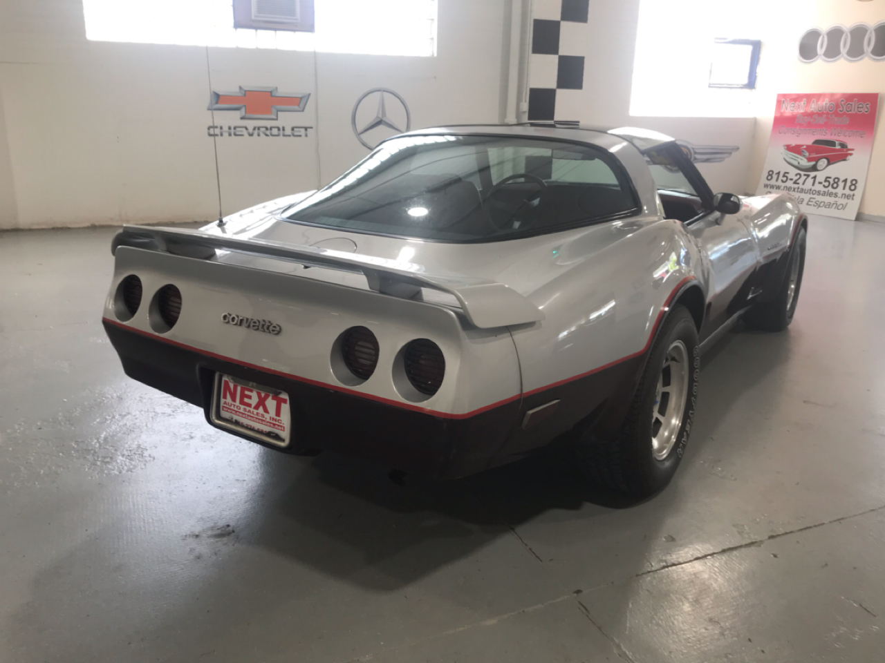 Chevrolet Corvette 2dr Coupe 1982