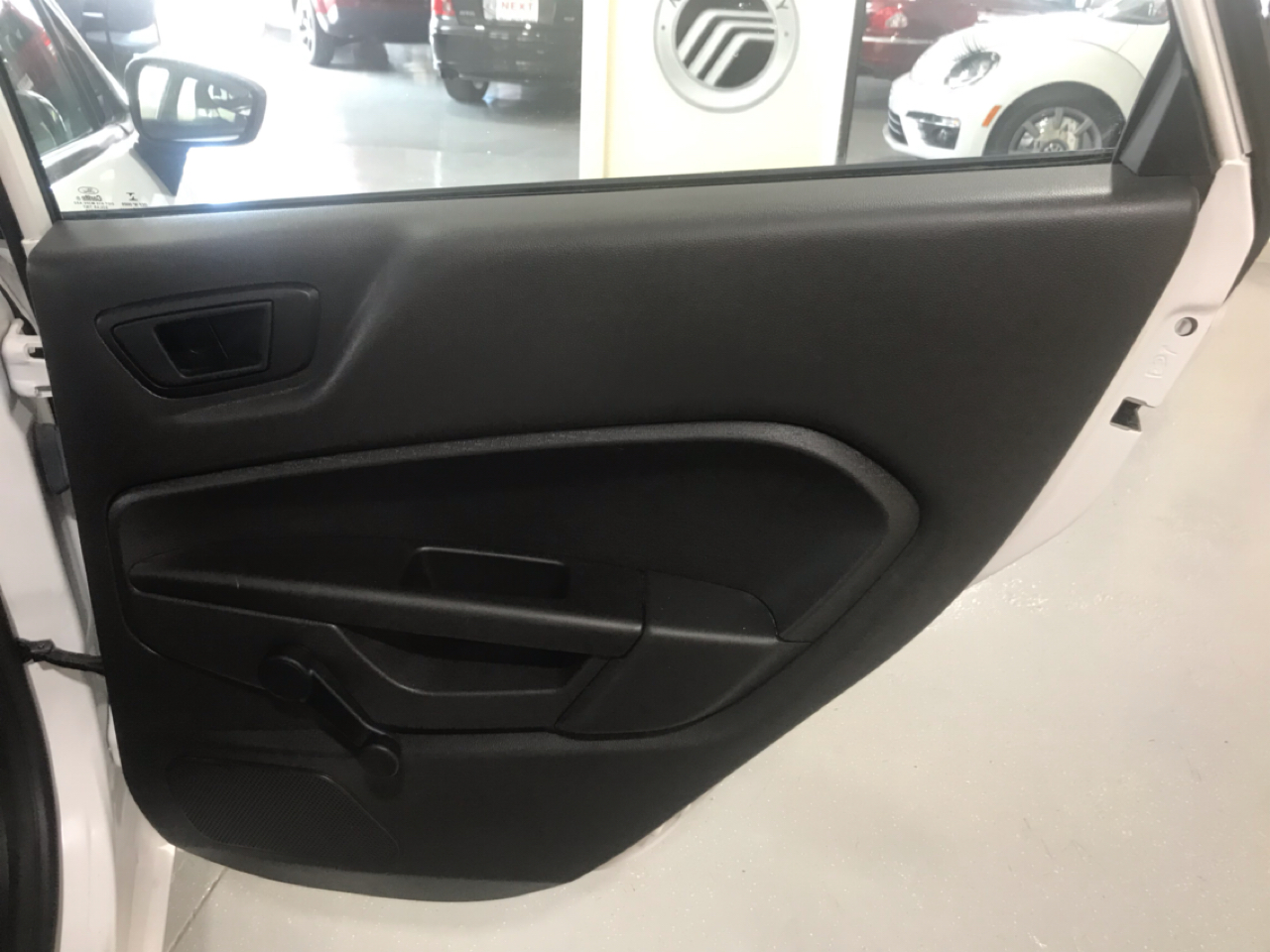 2016 Ford Fiesta 4dr Sdn S
