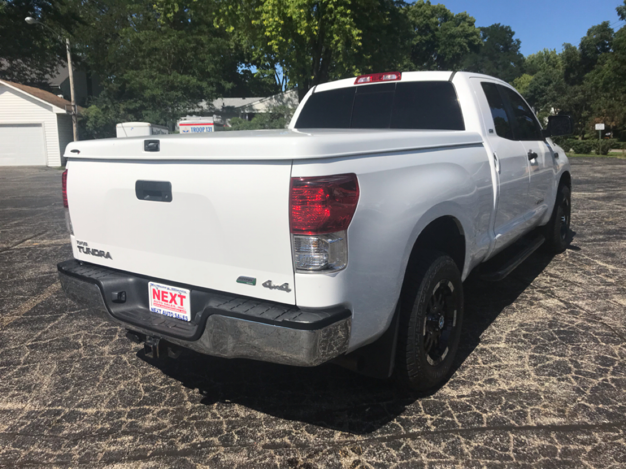 2011 Toyota Tundra 4WD Truck Dbl 5.7L FFV V8 6-Spd AT (Natl)