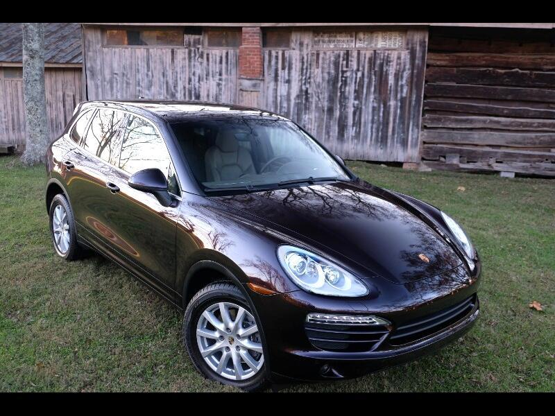 2011 Porsche Cayenne Luxury