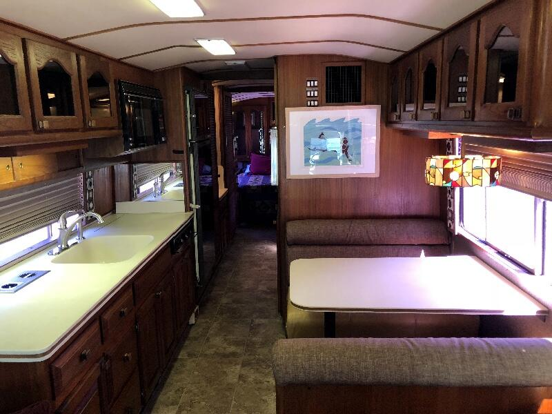 1987 Prevost XL Liberty Coach 40'