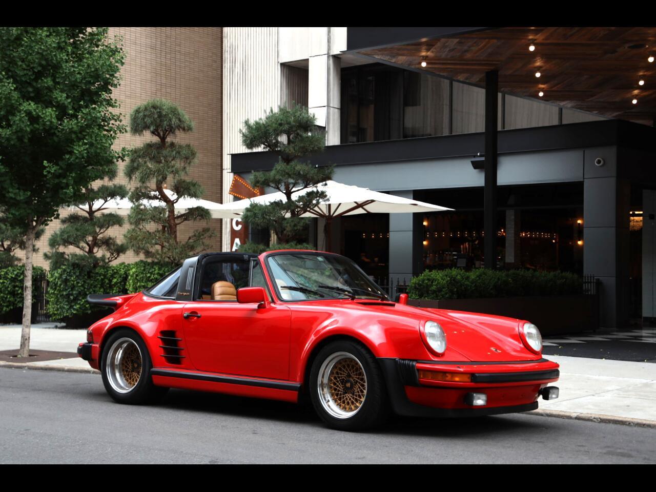 Porsche 911S  1977