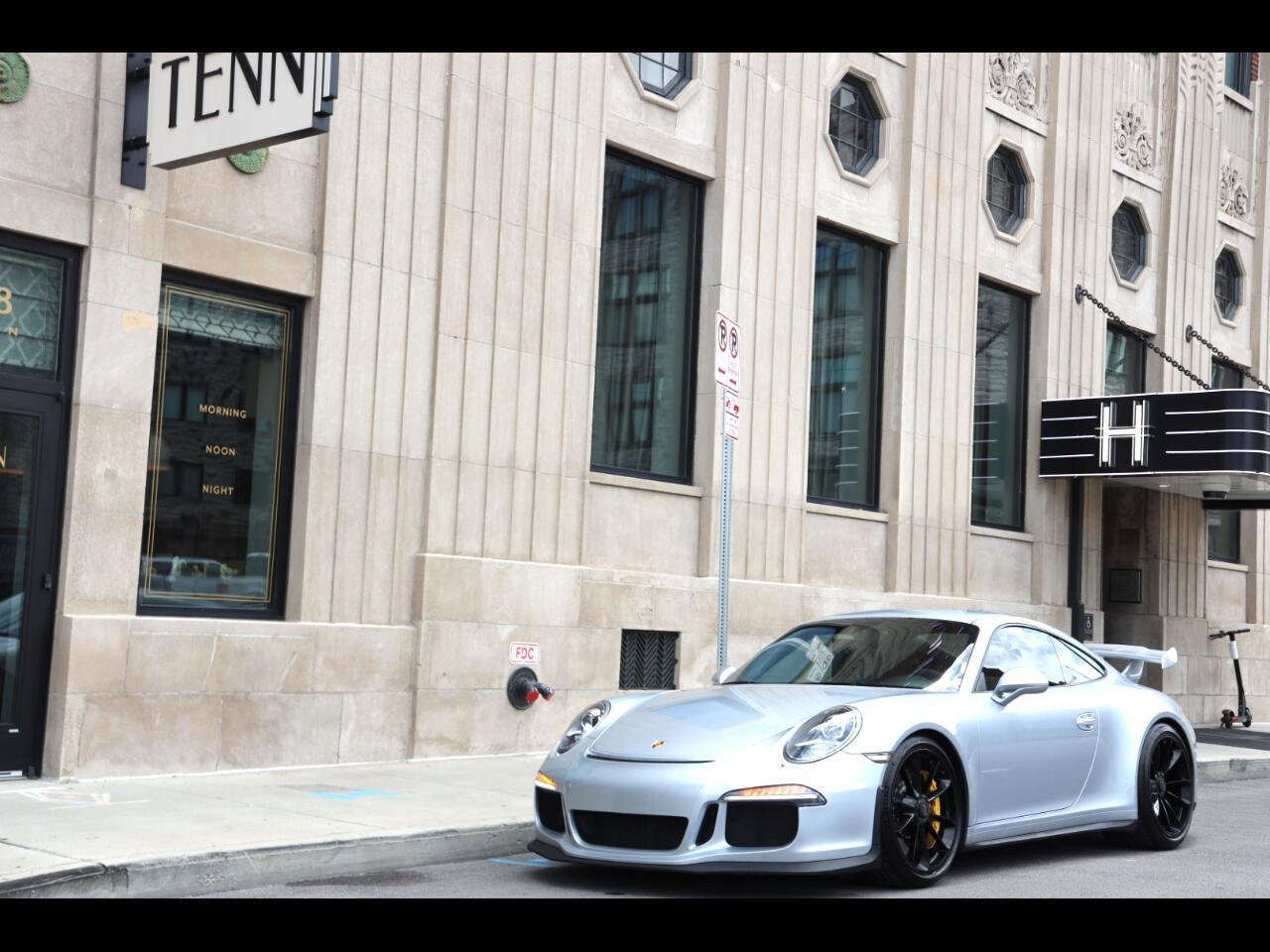 Porsche 911 2dr Cpe GT3 2015
