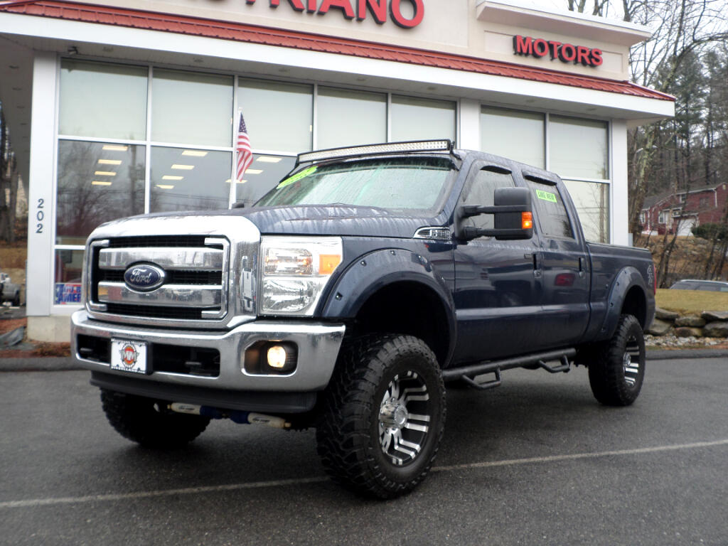 2013 Ford F-350 SD CREW CAB SHORT BED LARIAT LIFTED!!