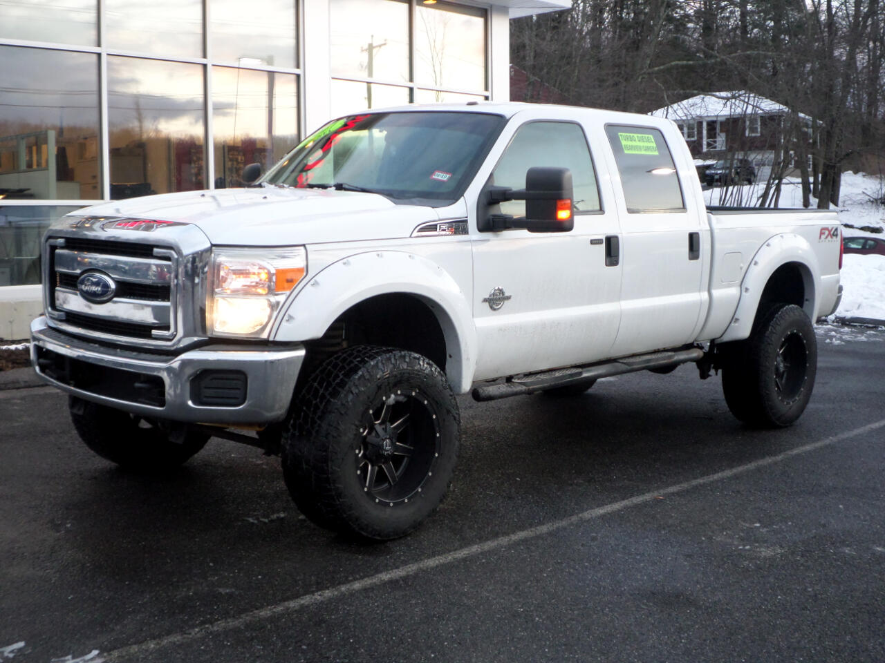2011 Ford Super Duty F-250 SRW LIFTED POWERSTROKE DIESEL CREW CAB