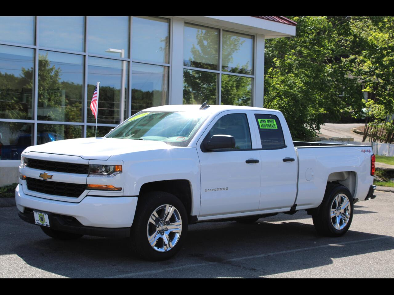 2016 Chevrolet Silverado 1500 LT 4WD 20 INCH FACTORY WHEELS ONLY 10,500 MILES !!