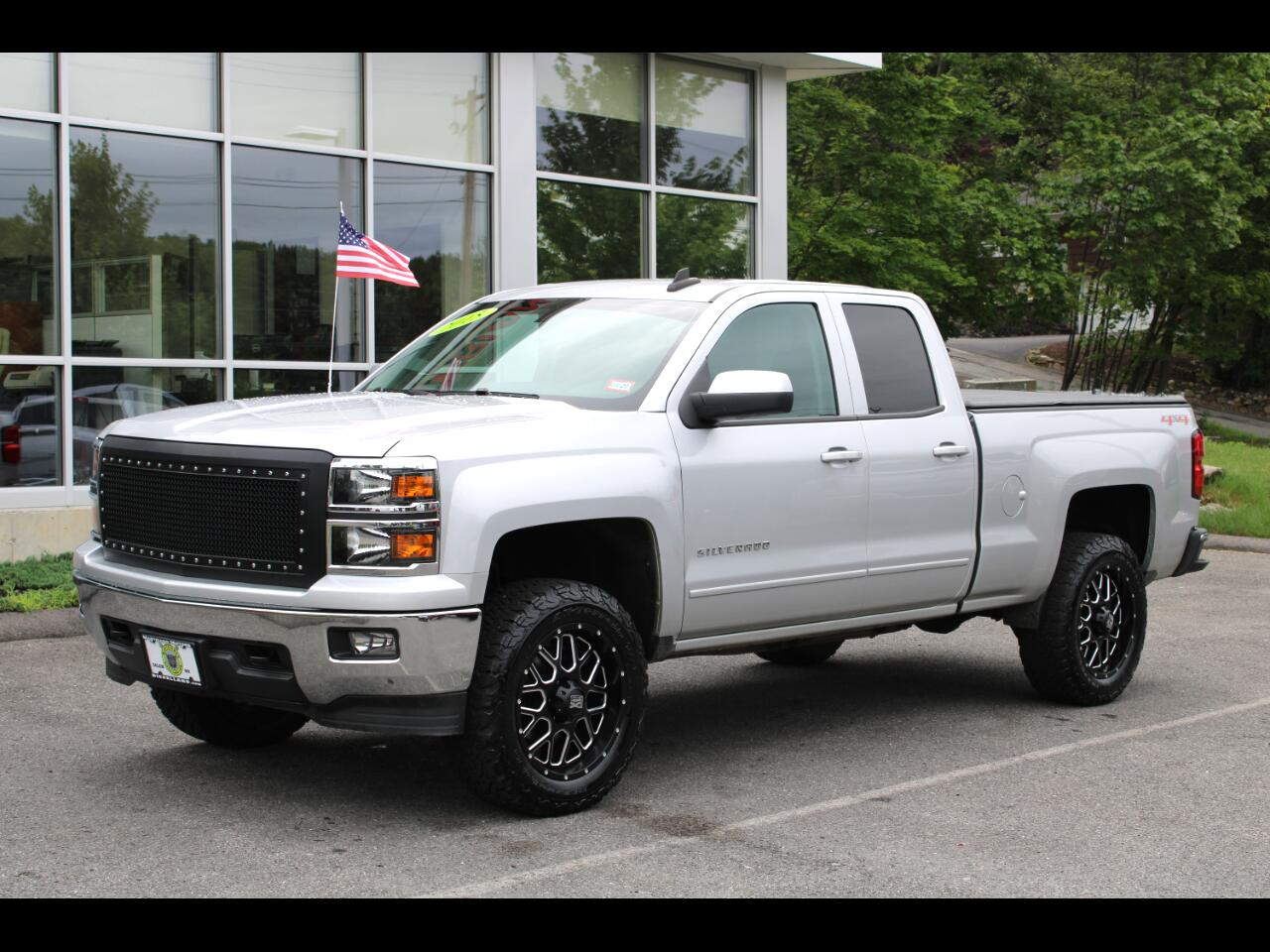 2015 Chevrolet Silverado 1500 4X4, 20 INCH XD WHEELS, BACK UP CAM, POWER OPTIONS