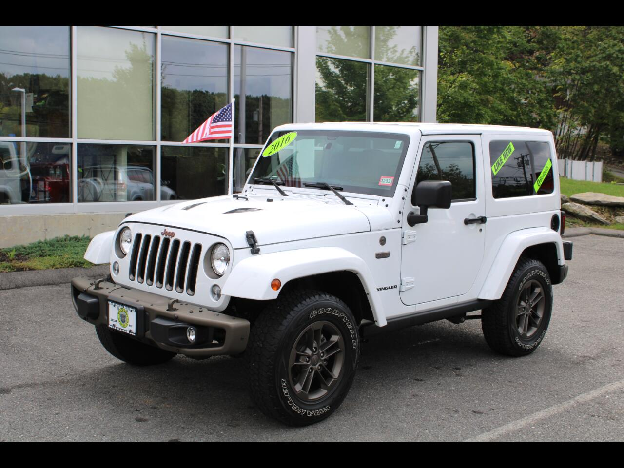 2016 Jeep Wrangler 4WD HARDTOP!!! LEATHER!! tOUCHSCREEN!! HARD TO FIN