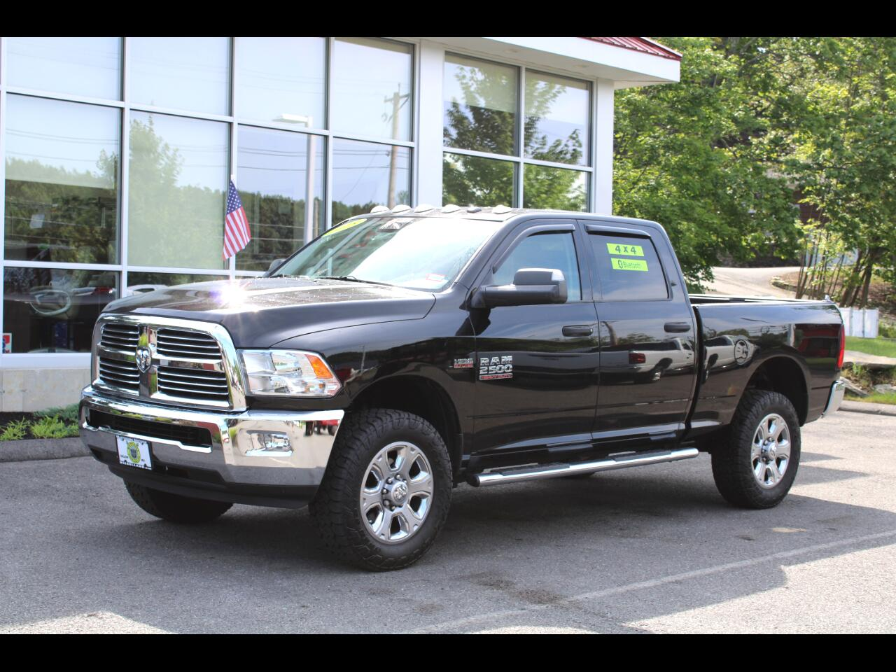 2015 RAM 2500 4X4 SLT LOW MILES !!! LARAMIE 20 INCH WHEELS !!