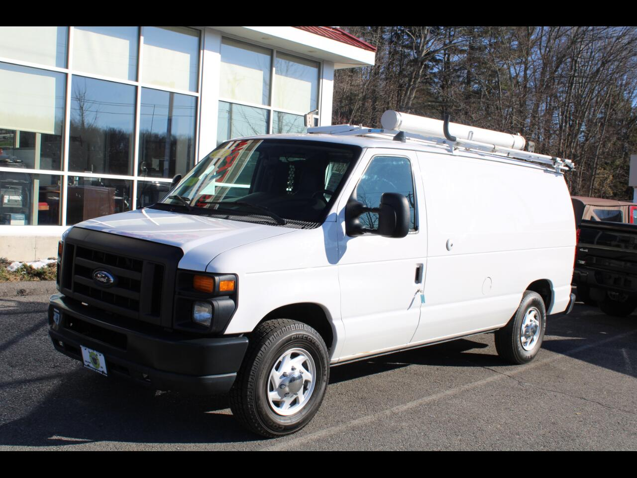 Ford Econoline Cargo Van E-250 Commercial 2011