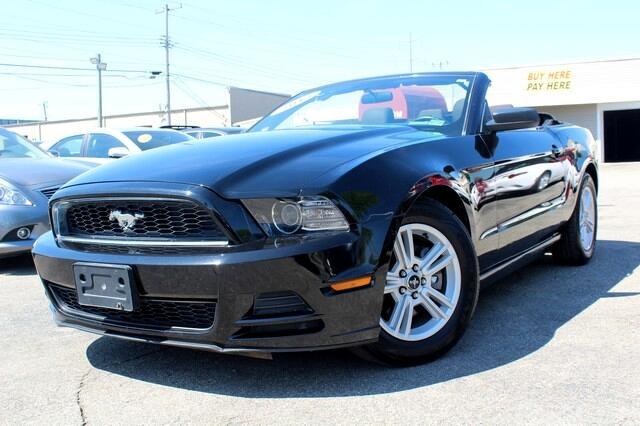 2013 Ford Mustang 2dr Conv V6