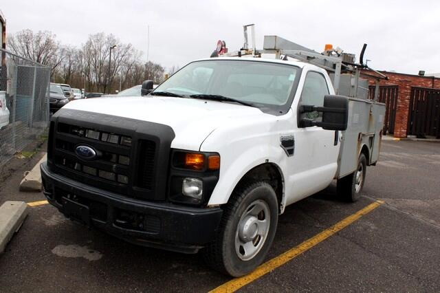 "2008 Ford Super Duty F-350 SRW 2WD Reg Cab 137"" XL"