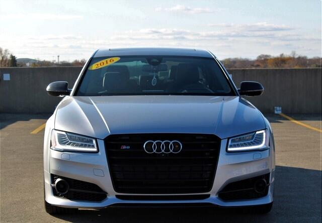 2016 Audi S8 4dr Sdn Plus