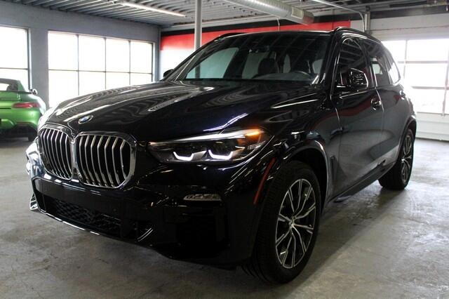 BMW X5 sDrive40i Sports Activity Vehicle 2020