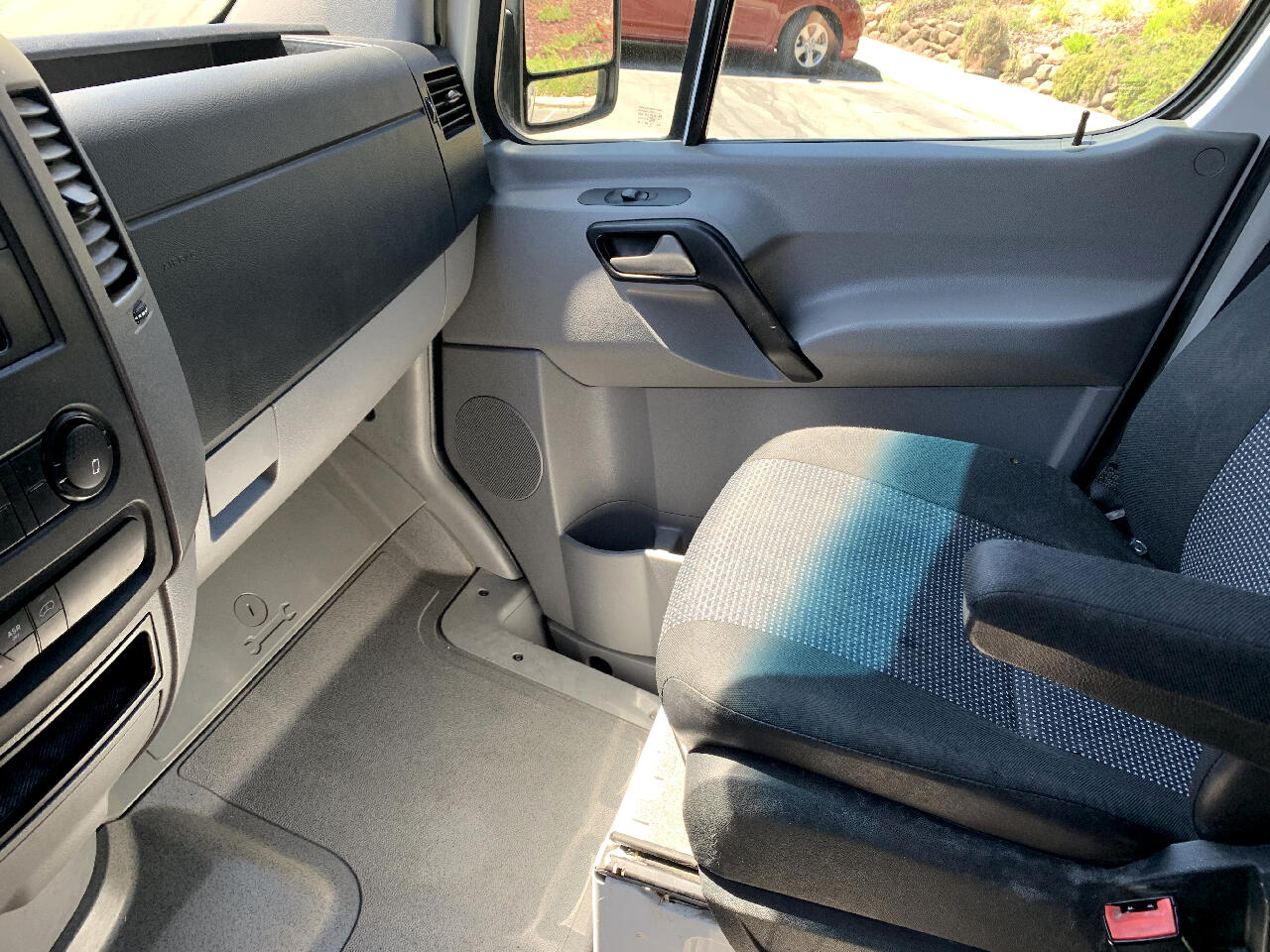 2011 Mercedes-Benz Sprinter 3500 High Roof 144-in. WB
