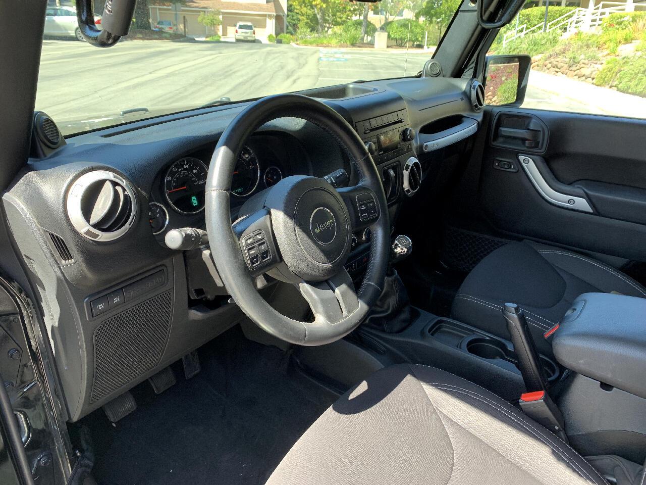 2014 Jeep Wrangler Rubicon 4WD