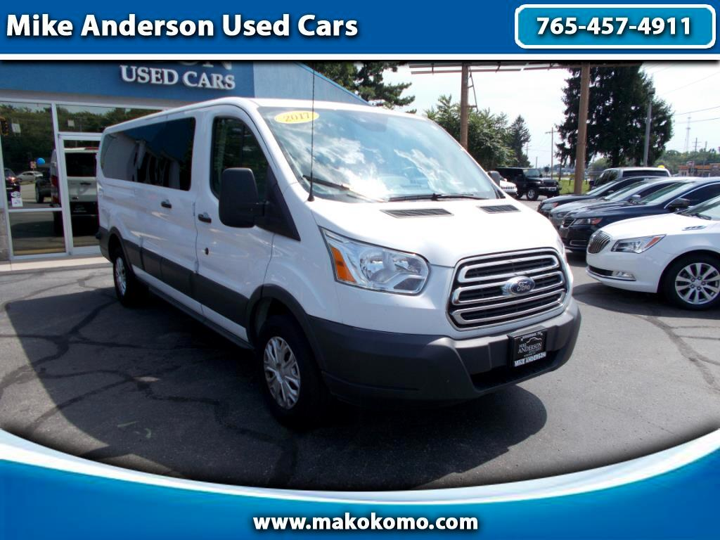 """2017 Ford Transit Wagon T-350 148"""" Low Roof XLT Swing-Out RH Dr"""