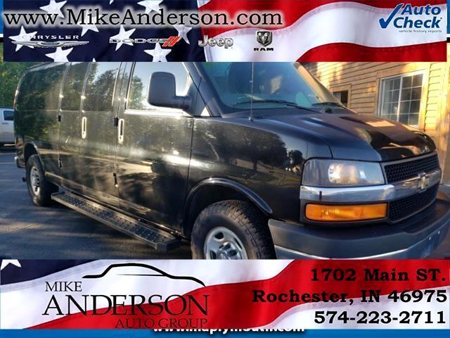 "Chevrolet Express Passenger RWD 3500 155"" LT w/1LT 2013"