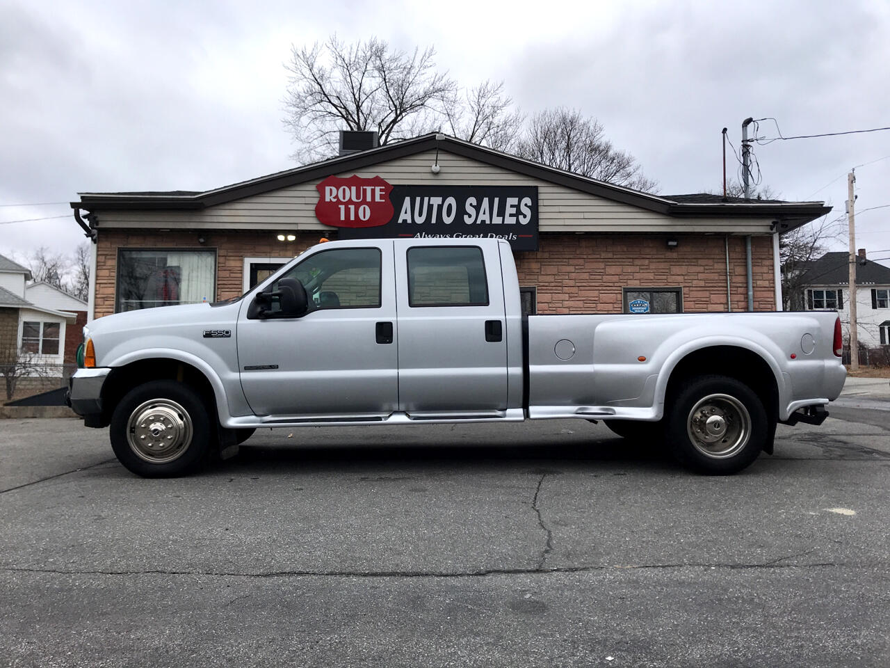 2001 Ford F-550 SuperCab 2WD DRW