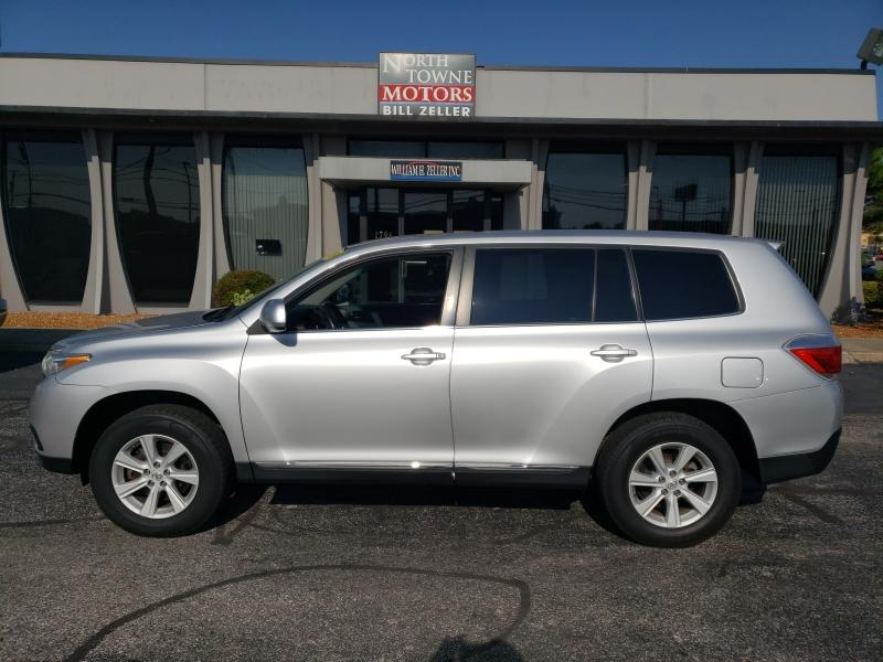 2013 Toyota Highlander Base 4WD