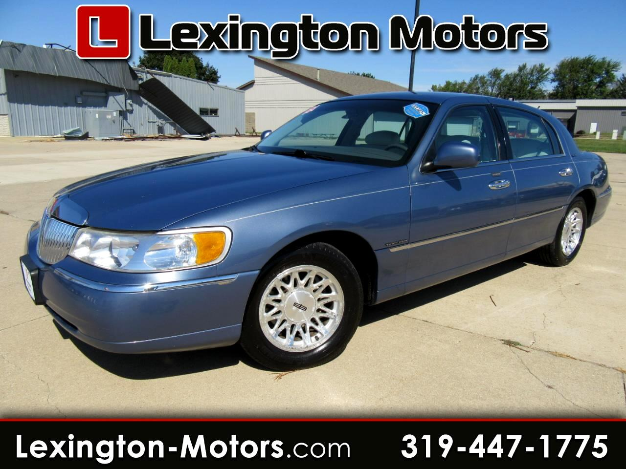 Lincoln Town Car Signature 1999